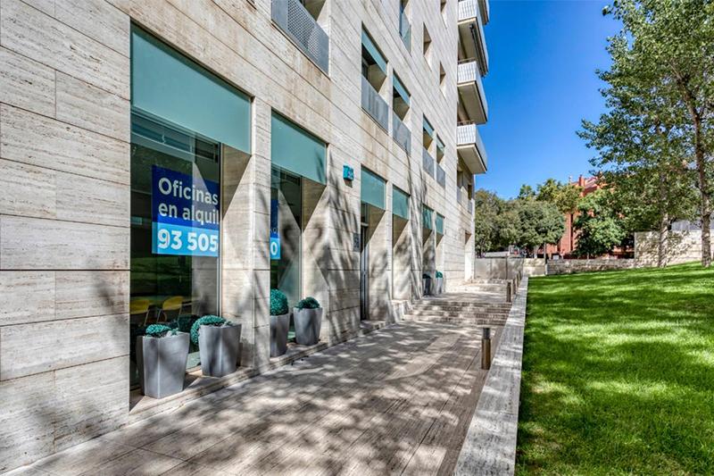 Oficinas-alquiler-barcelona-local