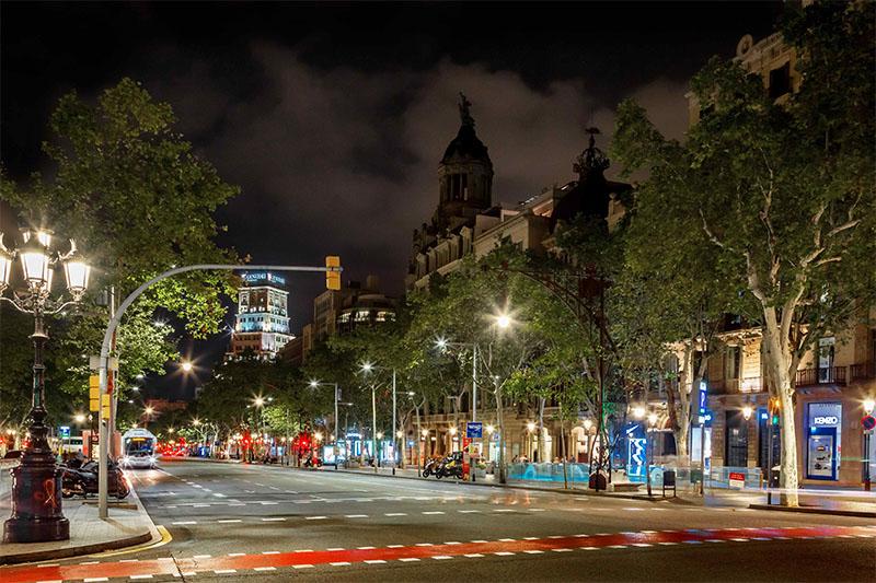 Passeig-de-gracia-nit-Barcelona